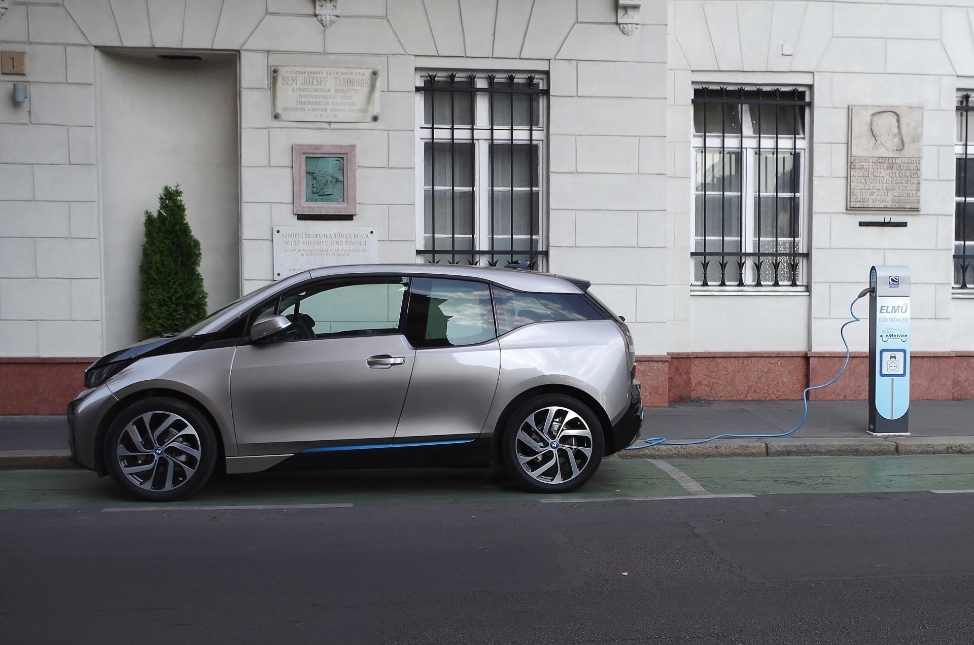 """BMW-Betriebsrat: """"nur E-Architektur könne E-Auto-Vorteile voll ausschöpfen"""""""