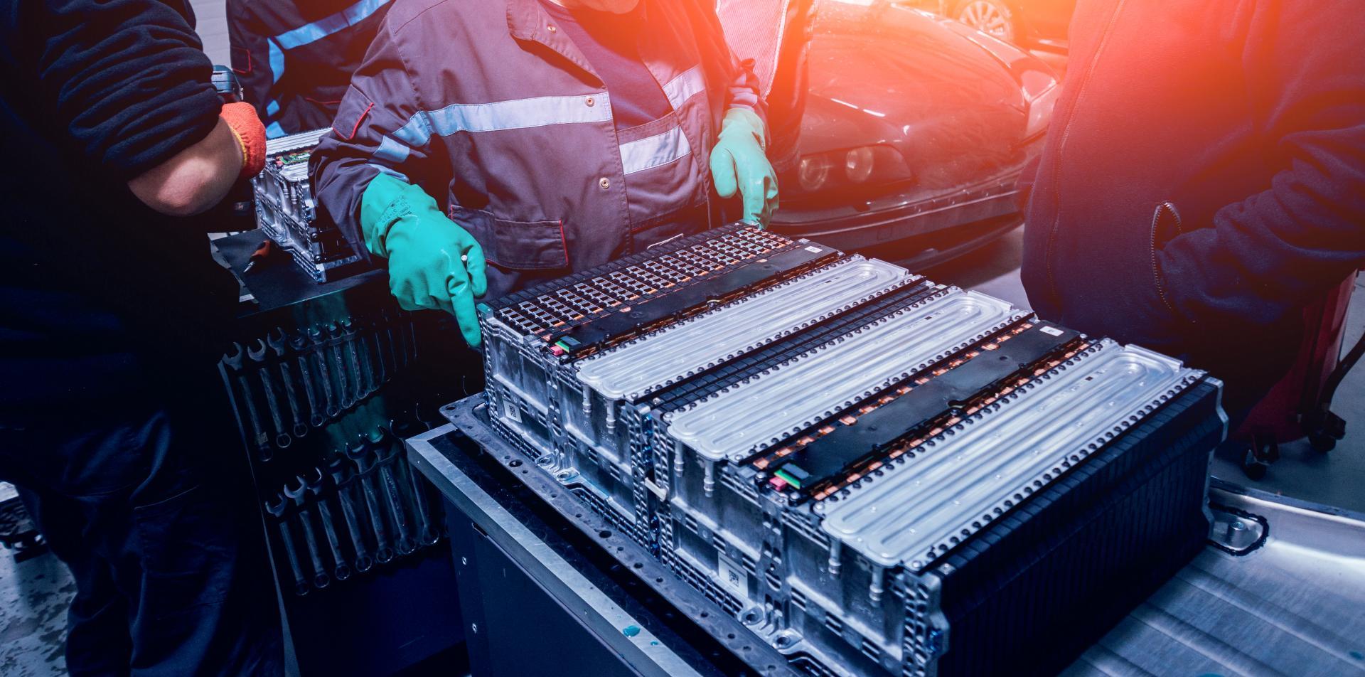 CATL plant Angebote für Tausch und Wartung von Elektroauto-Batterien