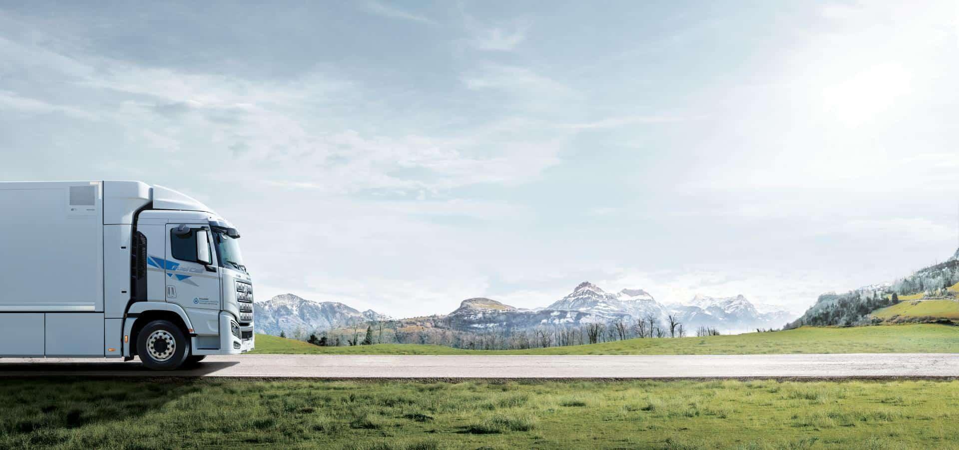 Hyundai Brennstoffzellen-Lkw Xcient Fuel Cell macht sich auf in die Schweiz