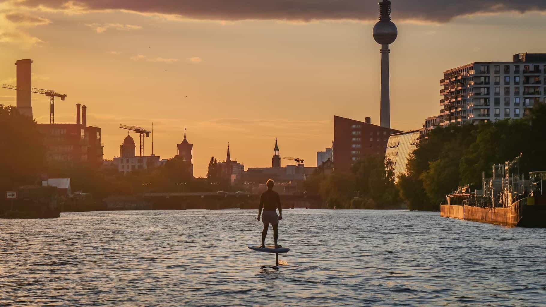 Elektromobilität auf dem Wasser - Die E-Surfer sind da