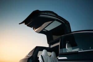 Tesla Model S und Model X laden künftig auch mit 250 kW