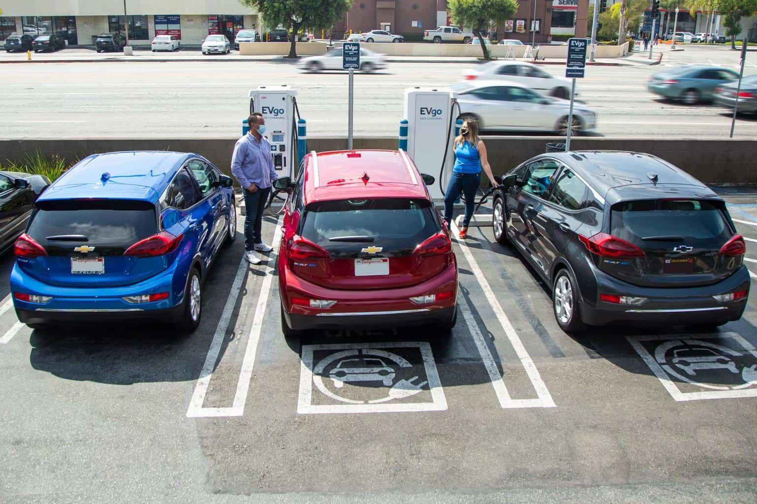 General Motors und EVgo wollen Schnellladenetz in USA massiv ausbauen
