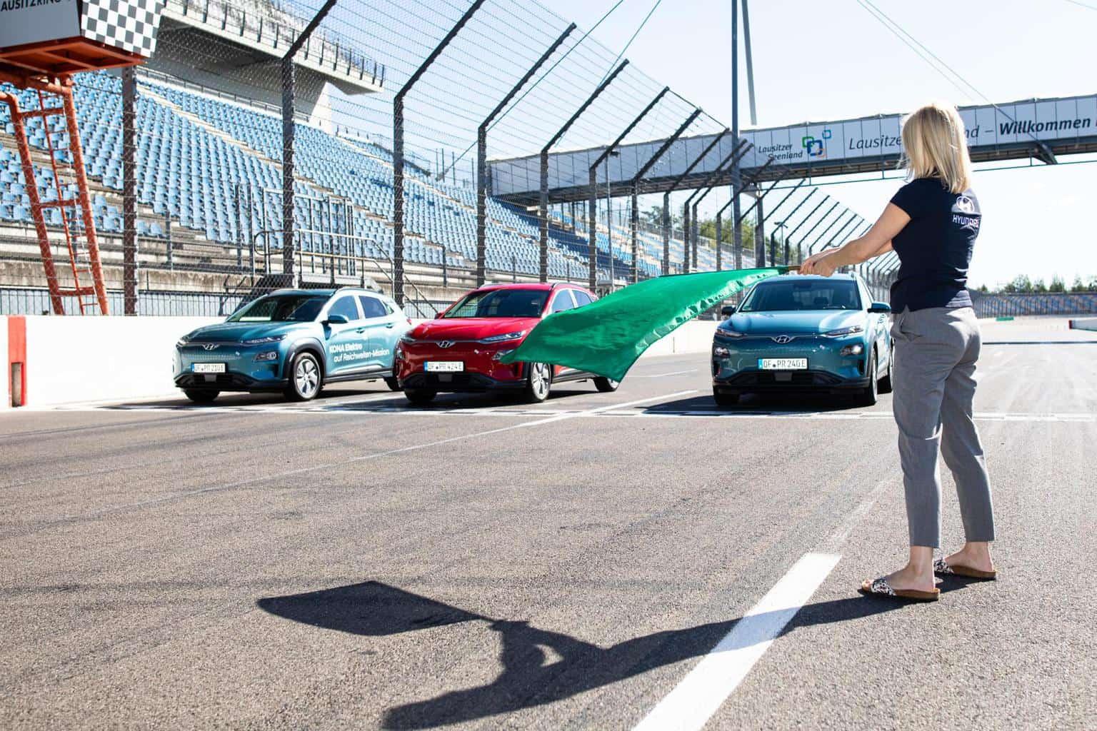 Hyundai Kona Elektro kommt 1.026 Kilometer weit