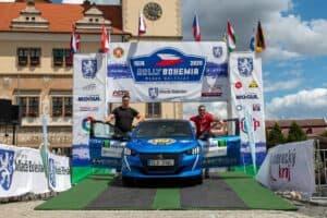 PEUGEOT e-208 stellt sich erfolgreich der ECO Energy Rally Bohemia