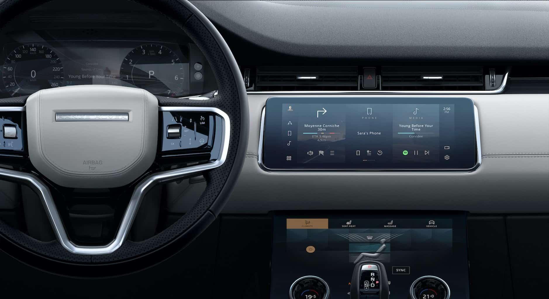 Range Rover Evoque Plug-in-Hybrid Cockpit