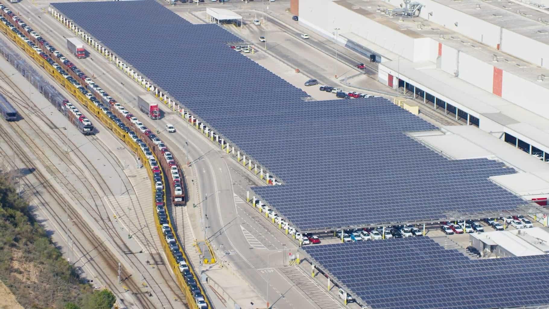 Seat Werk Martorell mit Solarpanels