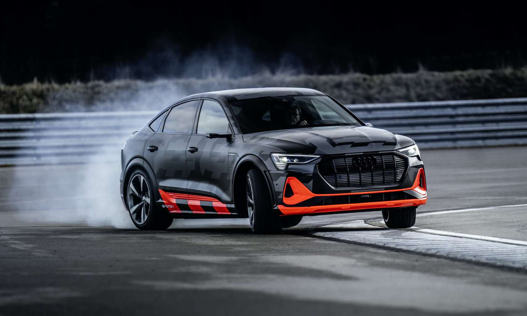 Audi quattro e-tron Elektroauto