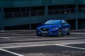 Jaguar setzt auf kompakte Elektro-Alternative zum Tesla Model 3