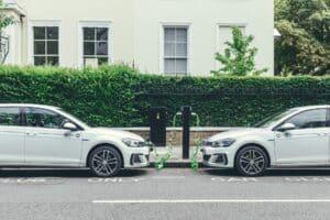 Europa: Plug-In-Hybride und E-Auto-Zulassungen näheren sich an