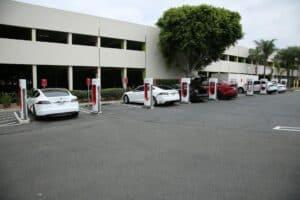 Tesla V3-Supercharger mit 250 kW-Ladeleistung kommen nach Deutschland