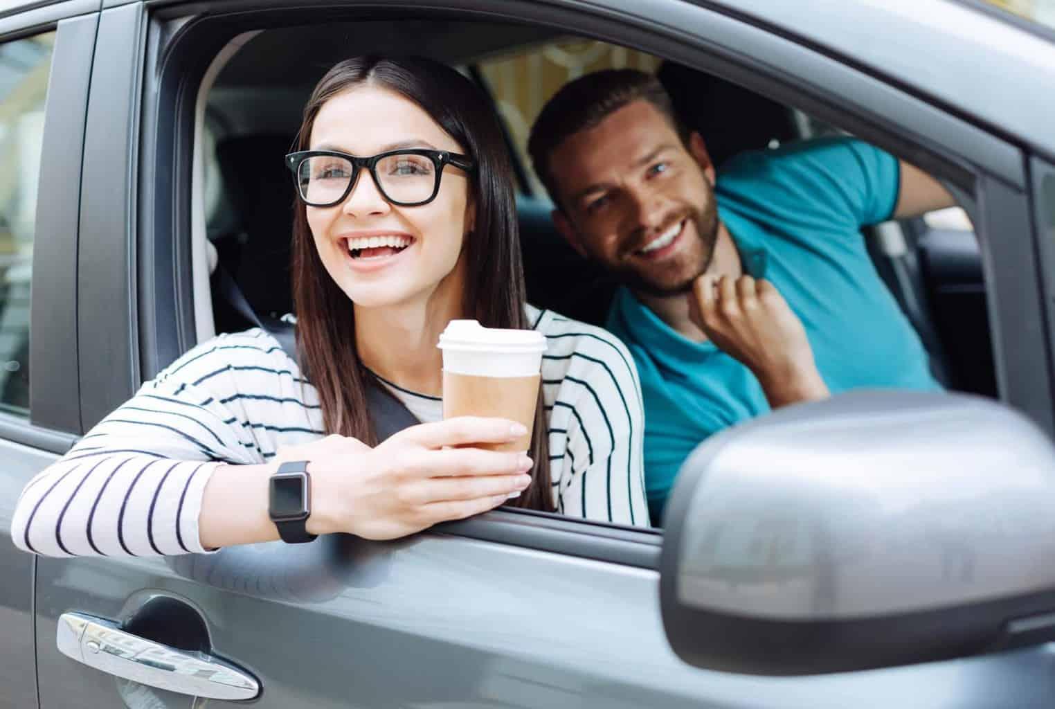 E-Auto oder Hybrid? - Wer fährt was und warum? Wir klären auf.