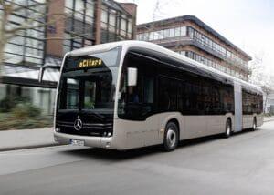 Mercedes-Benz: Vollelektrische Gelenkbus eCitaro G mit Festkörperbatterien kommt auf die Straße
