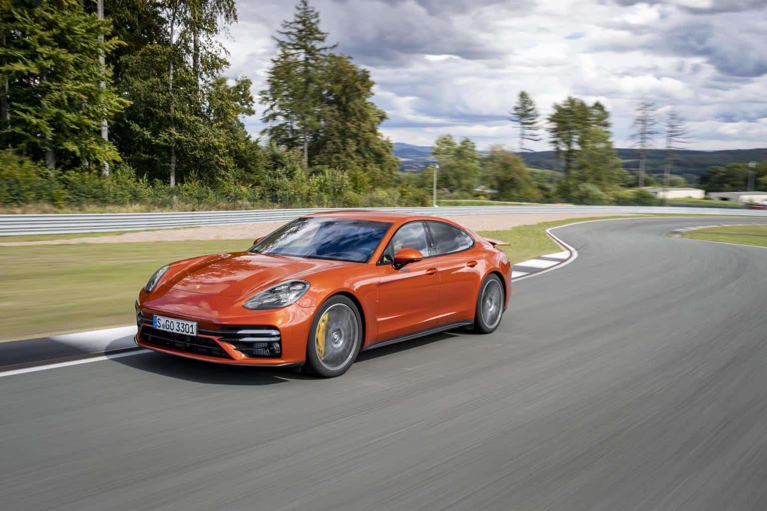 Porsche Panamera Plug-In-Hybrid und der Wumms der zwei Herzen