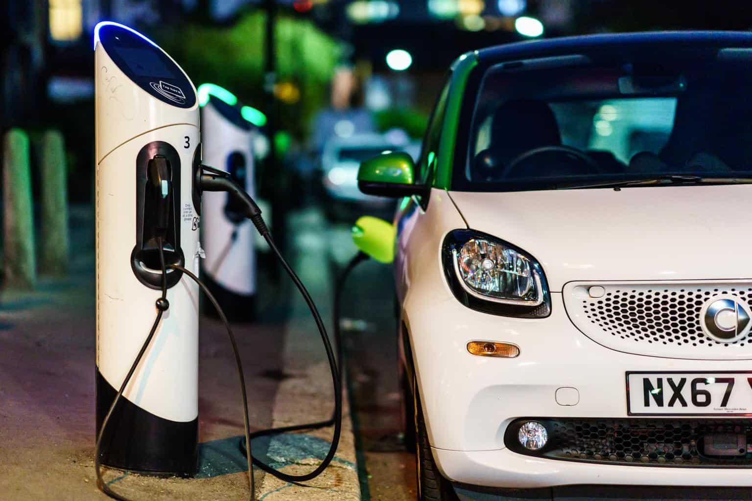 Verbände fordern günstigere Strompreise für nächtliches E-Auto-Laden