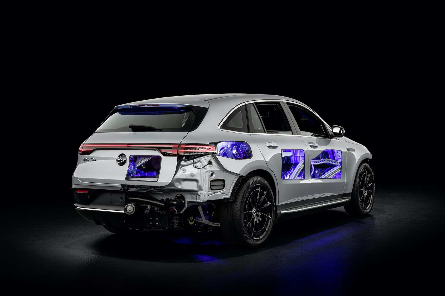 Mercedes-Benz-EQC-Schnittmodell