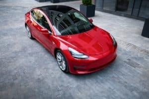 Tesla Model 3 soll in überarbeiteter Form bereits vom Band laufen