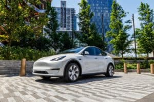Tesla bestätigt günstiges Model 3 mit Lithium-Eisenphosphat-Batterien