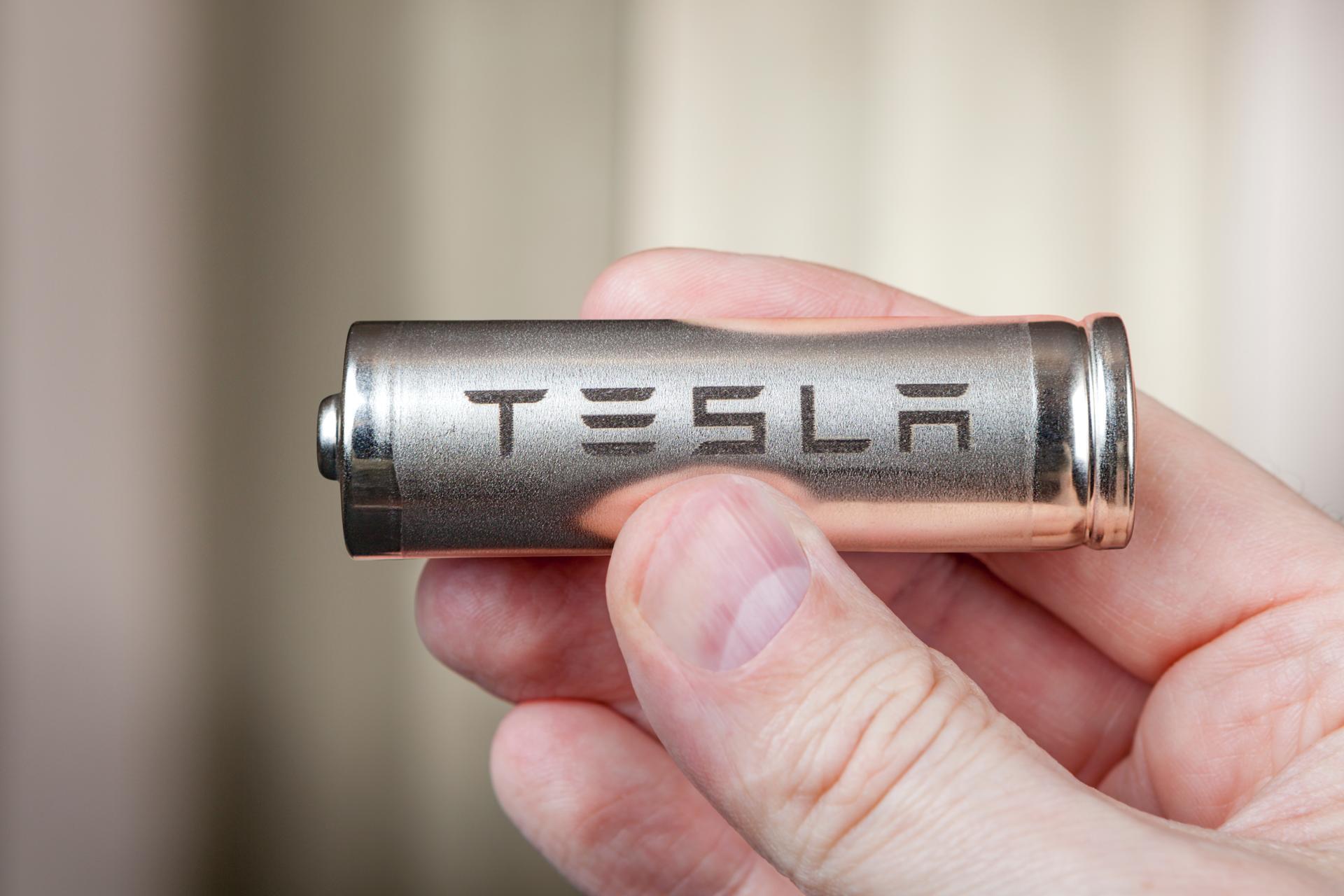 Tesla-Batterieforscher will 3,5-Millionen-Kilometer-Batterie erfunden haben