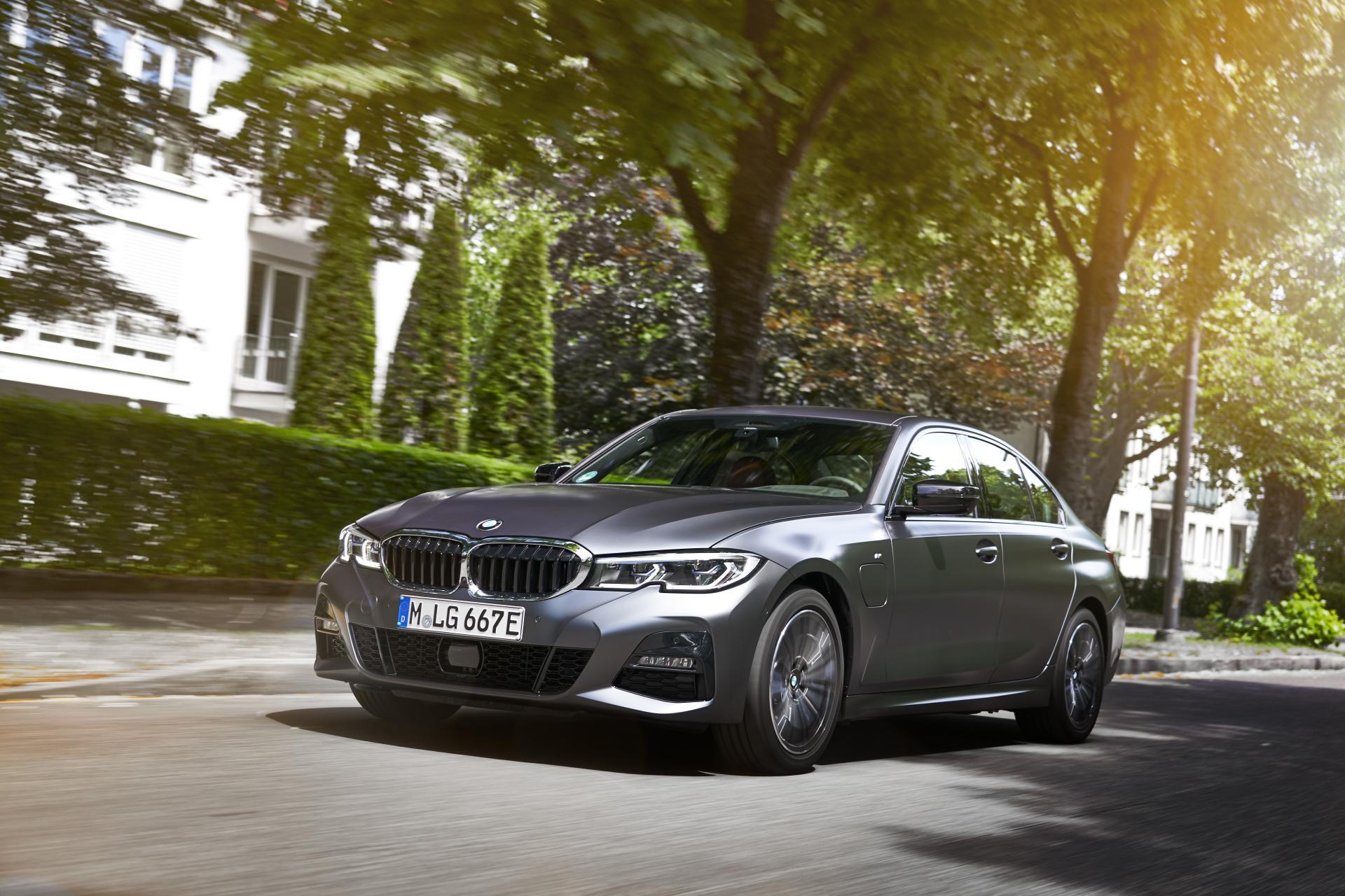BMW PHEV-Rückruf: Maßnahme zur Fehlerbehebung soll Mitte November zur Verfügung stehen
