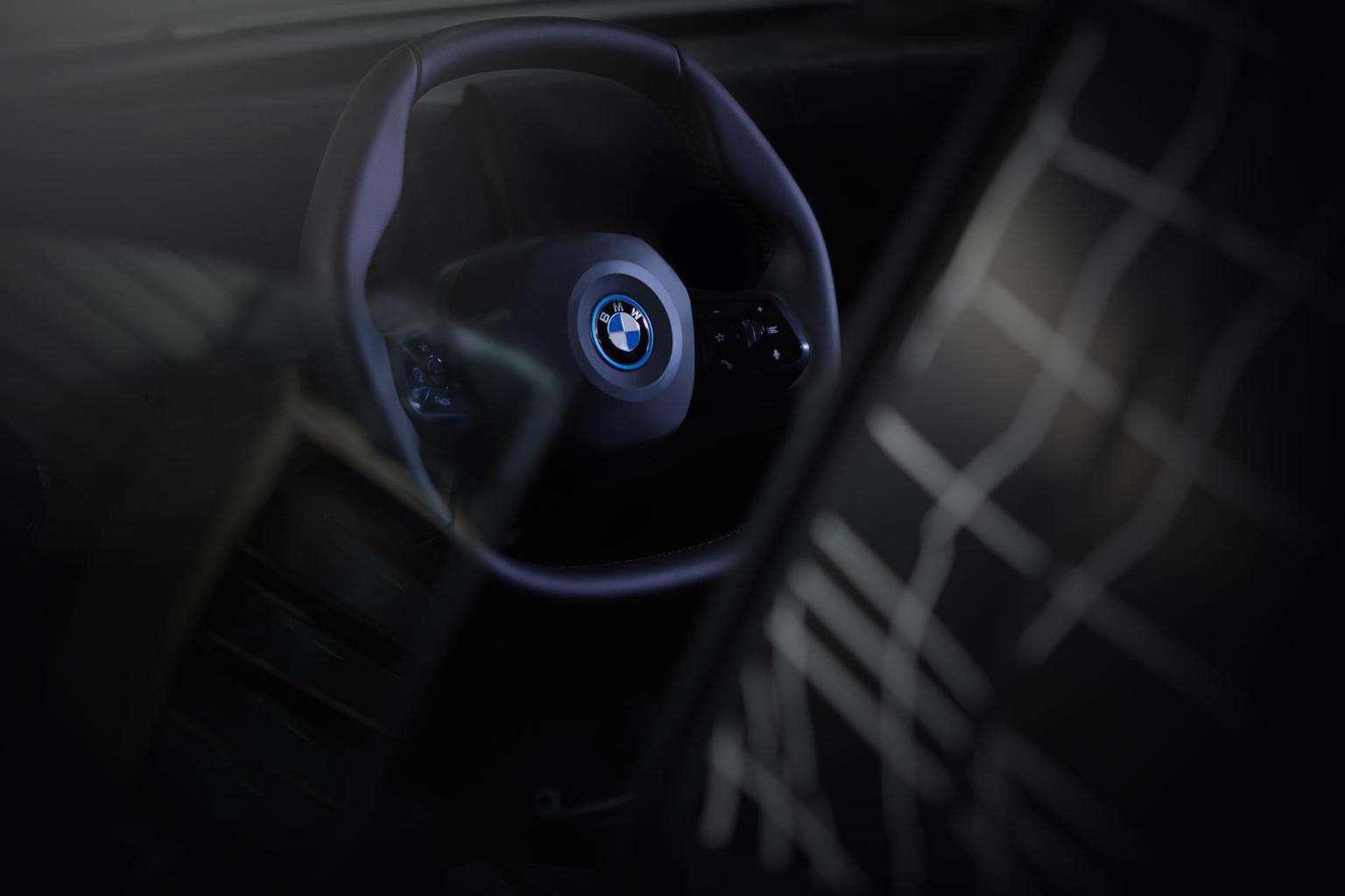 Polygones Lenkrad des BMW iNEXT