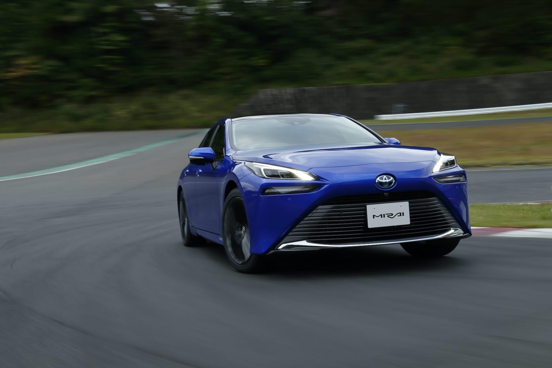 Toyota-Mirai-Wasserstoff-Elektroauto