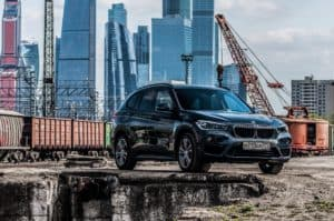 BMWs kleiner E-SUV iX1 soll in verschiedenen Varianten als i3-Nachfolger kommen