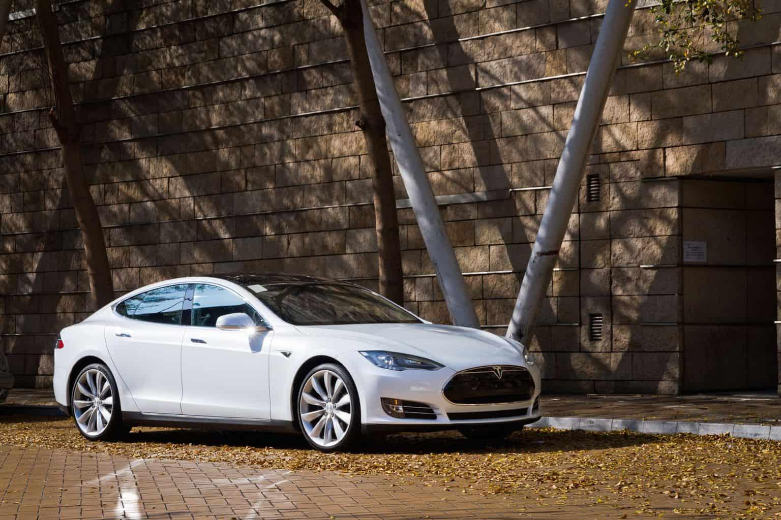 Tesla Model S erhält mehr Reichweite: 658 km & schlägt damit Lucid Air