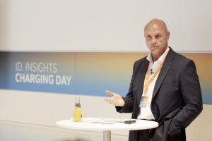 VWs E-Mobility-Vorstand Ulbrich und VW gehen künftig getrennte Wege