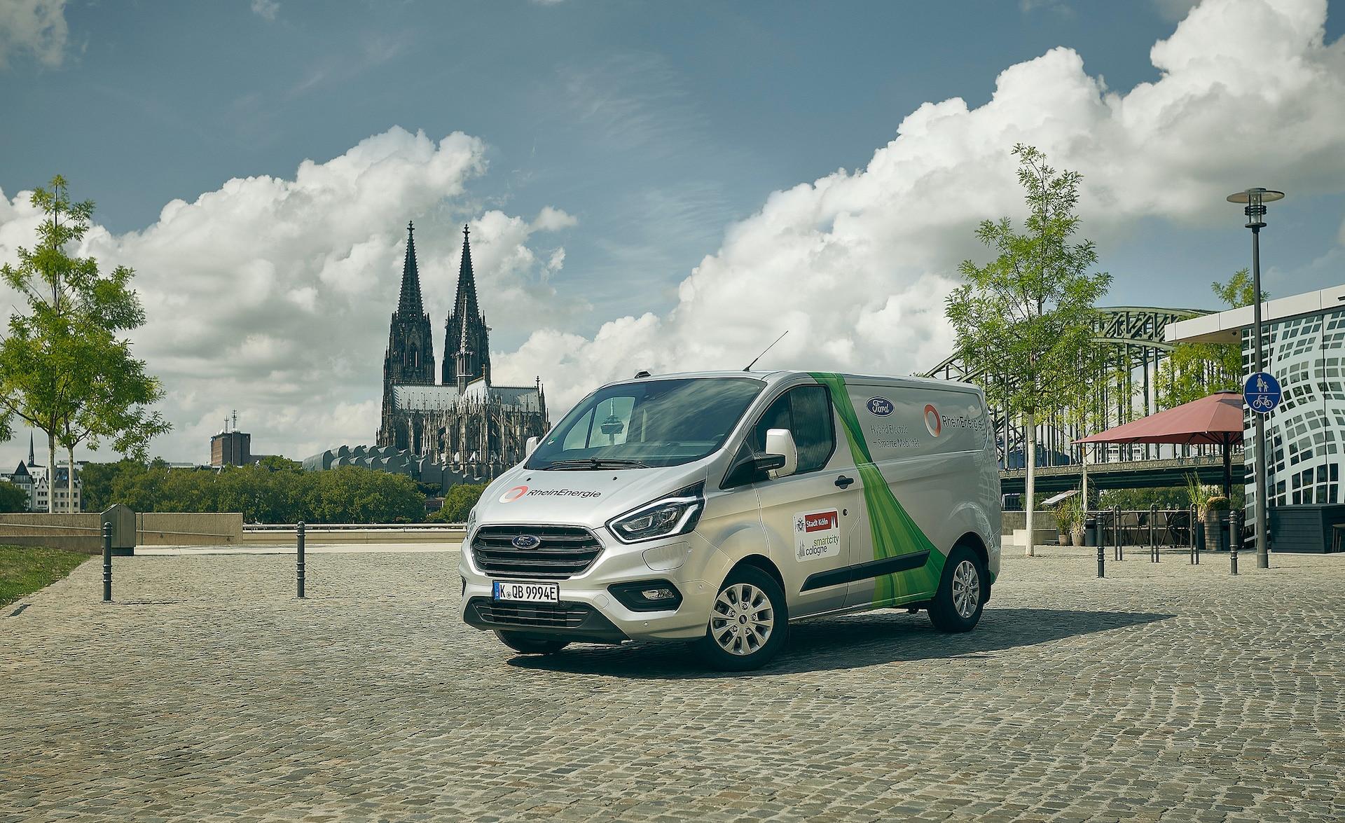 Ford-Plug-in-Hybrid-Nachhaltigkeit-Geofencing-Blockchain