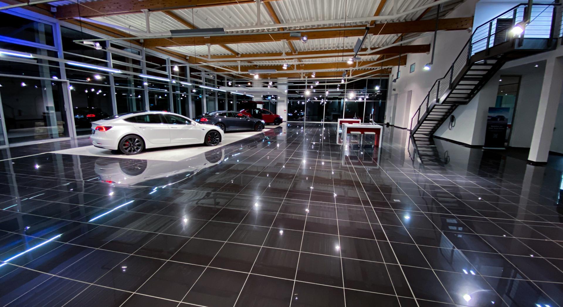 Tesla Center in der Region - Auslieferungs- und Verkaufscenter für Mannheim/Ludwigshafen/Heidelberg