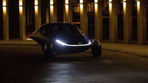 Aptera über sein E-Auto mit 1.600 km Reichweite, Tesla Supercharger-Zugang & mehr