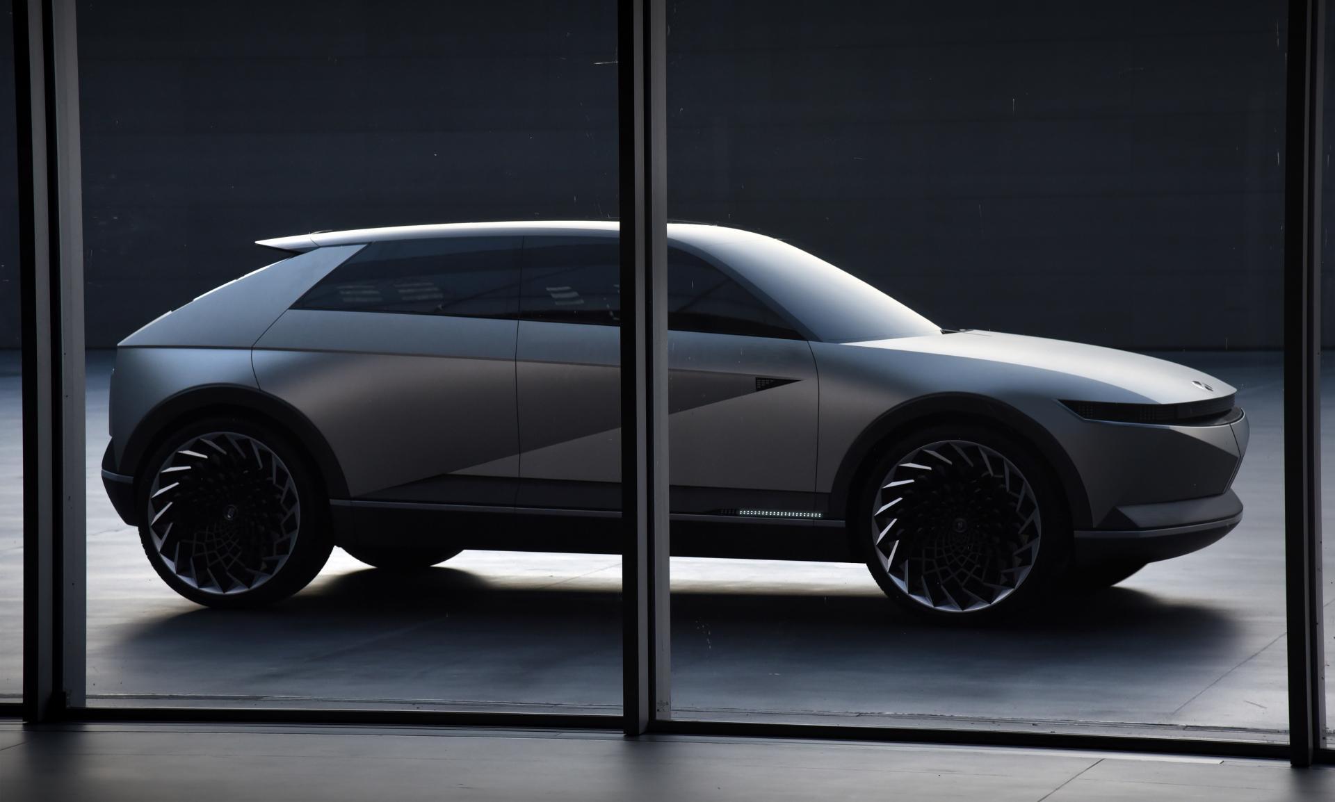 Hyundai veröffentlicht weitere Details zum Elektro Crossover-SUV IONIQ 5