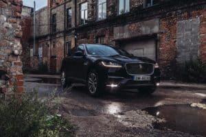 Jaguar arbeitet an einem vollelektrischen J-Pace in Größe des Tesla Model X