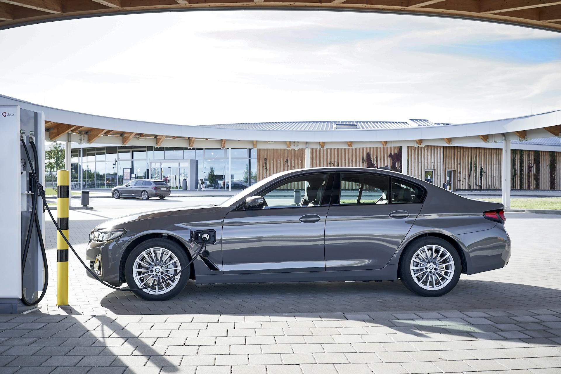 BMW-3er-5er-Plug-in-Hybrid