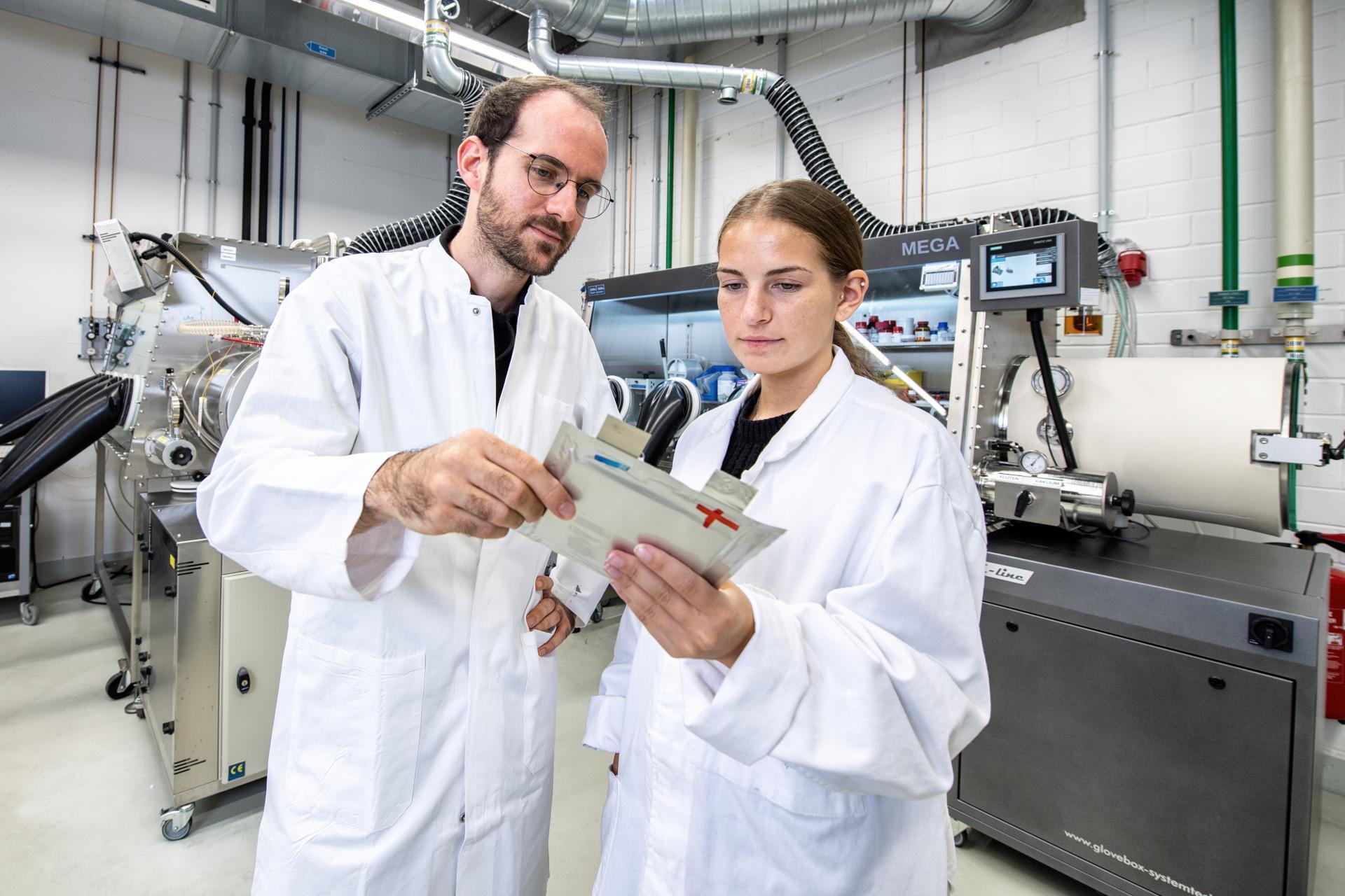 DLR-Elektroauto-Batterie-Forschung