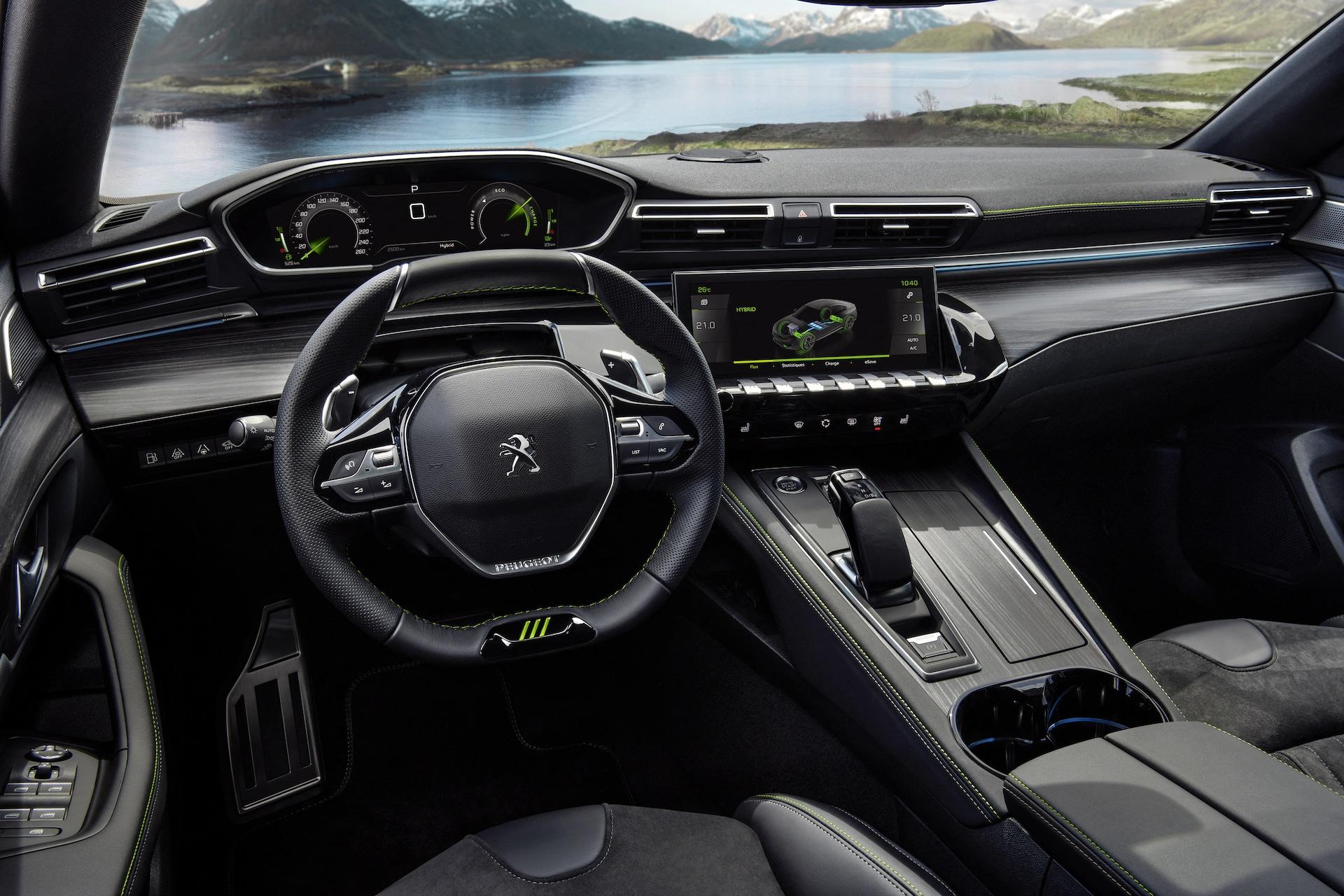Peugeot-508-PSE-Plug-in-Hybrid-Cockpit