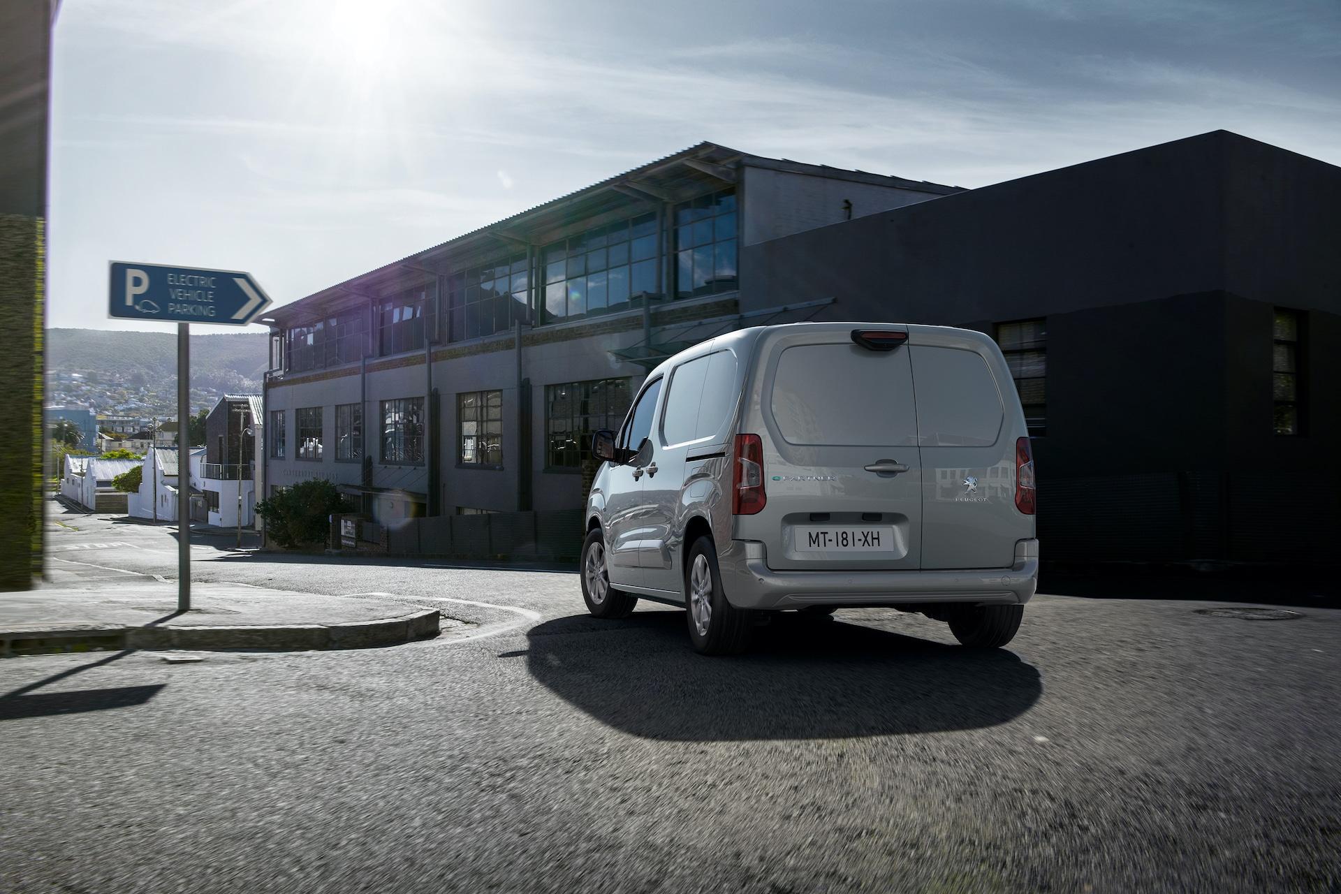 Peugeot-Elektrotransporter-e-Partner-Heck
