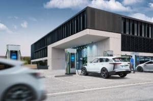 Siemens-Elektroauto-Schnellladesäule-Sicharge-D