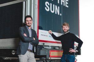 Sono Motors stellt Solar-Auflieger für LKW vor