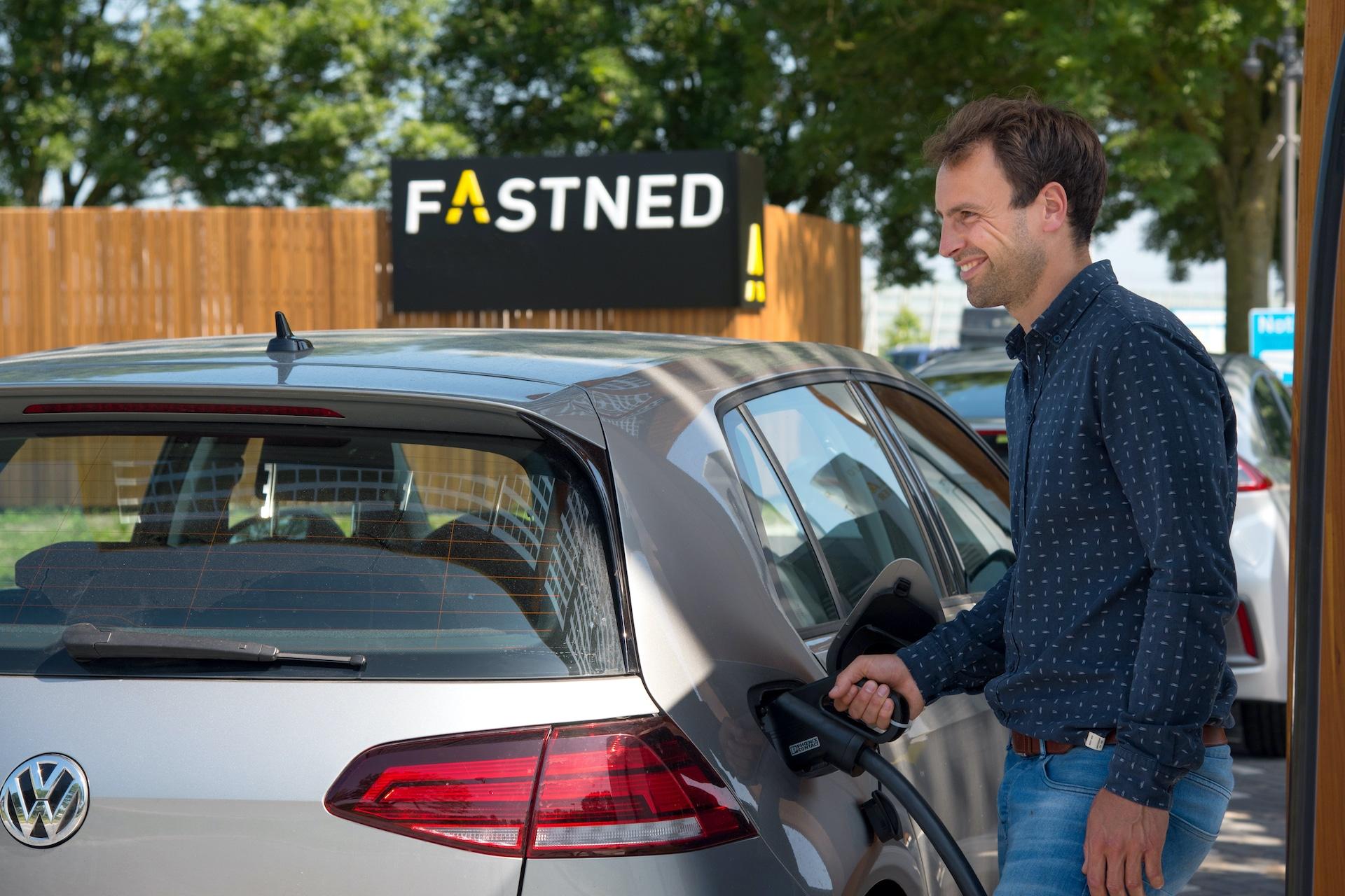 fastned-elektroauto-laden-bilanz