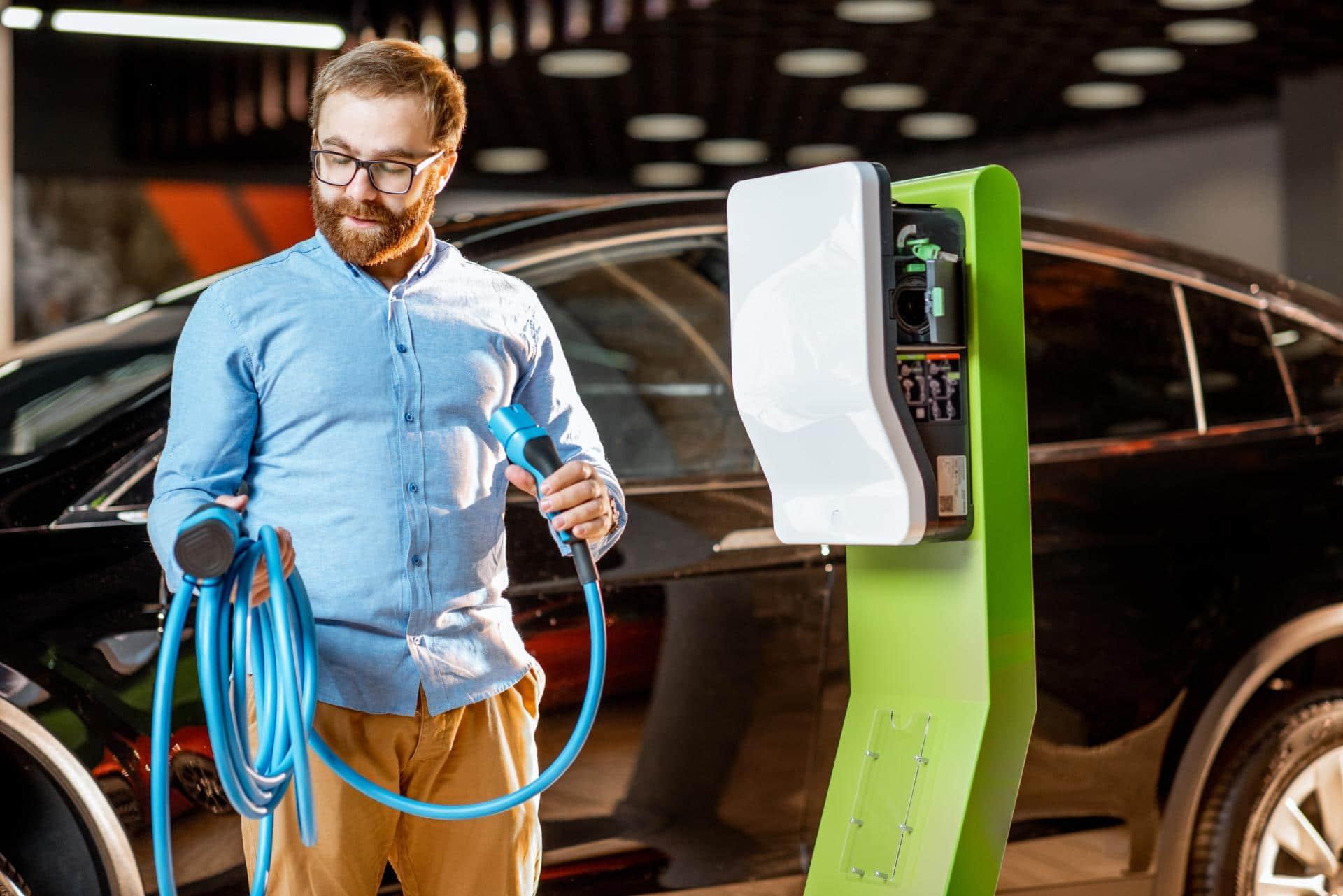 So finden Elektroauto-Fahrer das passende Ladekabel