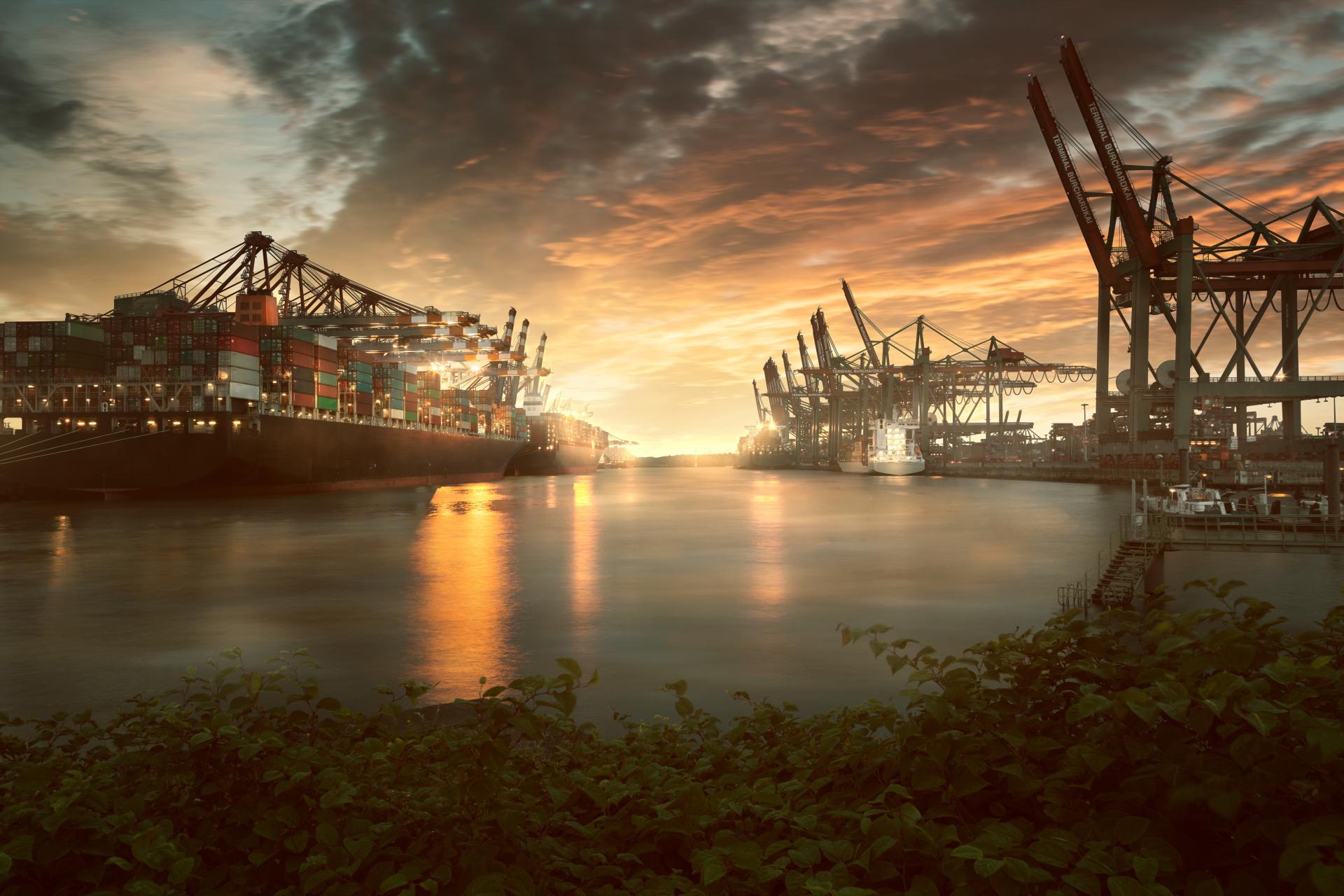 Hamburg plant skalierbares 100-MW-Wasserstoff-Projekt in Hafennähe