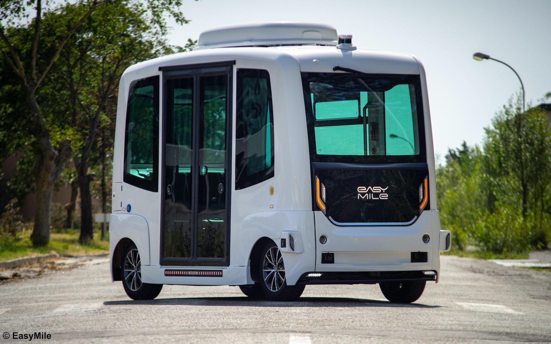 sono-motors-easymile-autonomes-shuttle-ez10