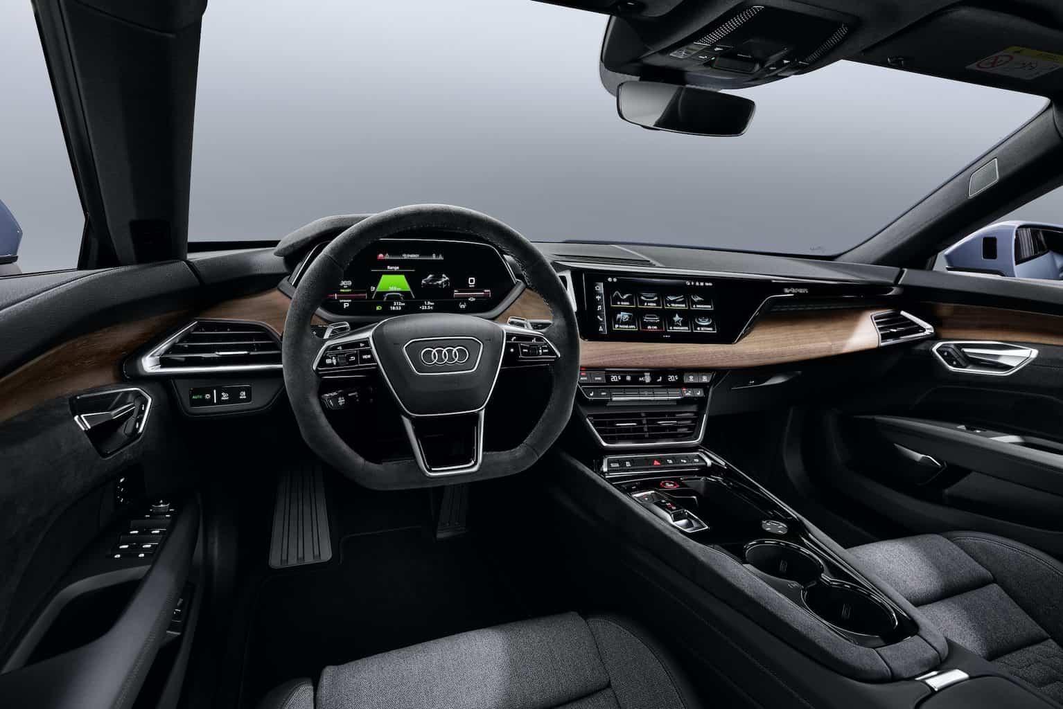 Audi-e-tron-GT-Elektroauto-Cockpit