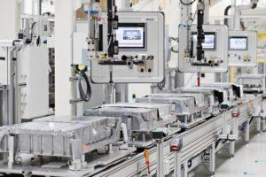 ŠKODA produziert 100.000ste Batterie für Modelle mit Plug-in-Hybridantrieb