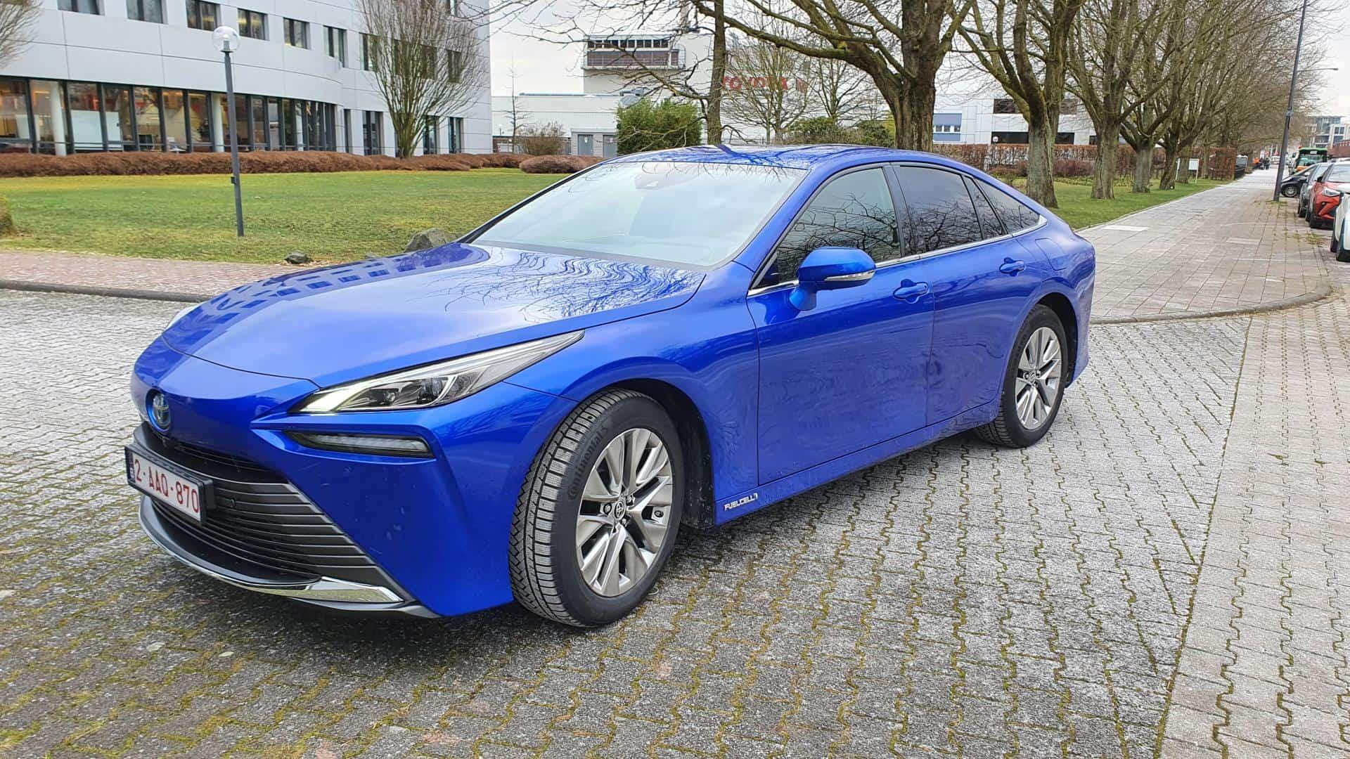 """Neuer Toyota Mirai (2. Generation) verspricht """"Tröpfchenweise Zukunft"""""""