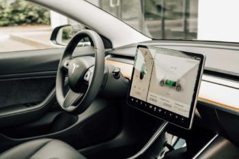 Tesla: Freie Werkstätten können nun Tesla Stromer reparieren