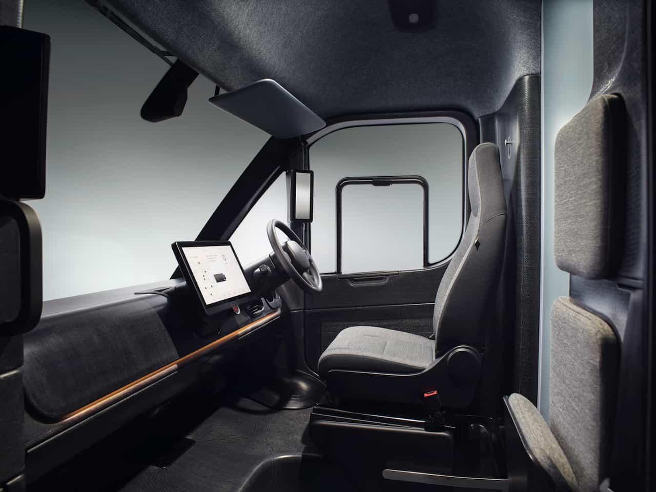 Arrival-Elektrotransporter-Cockpit