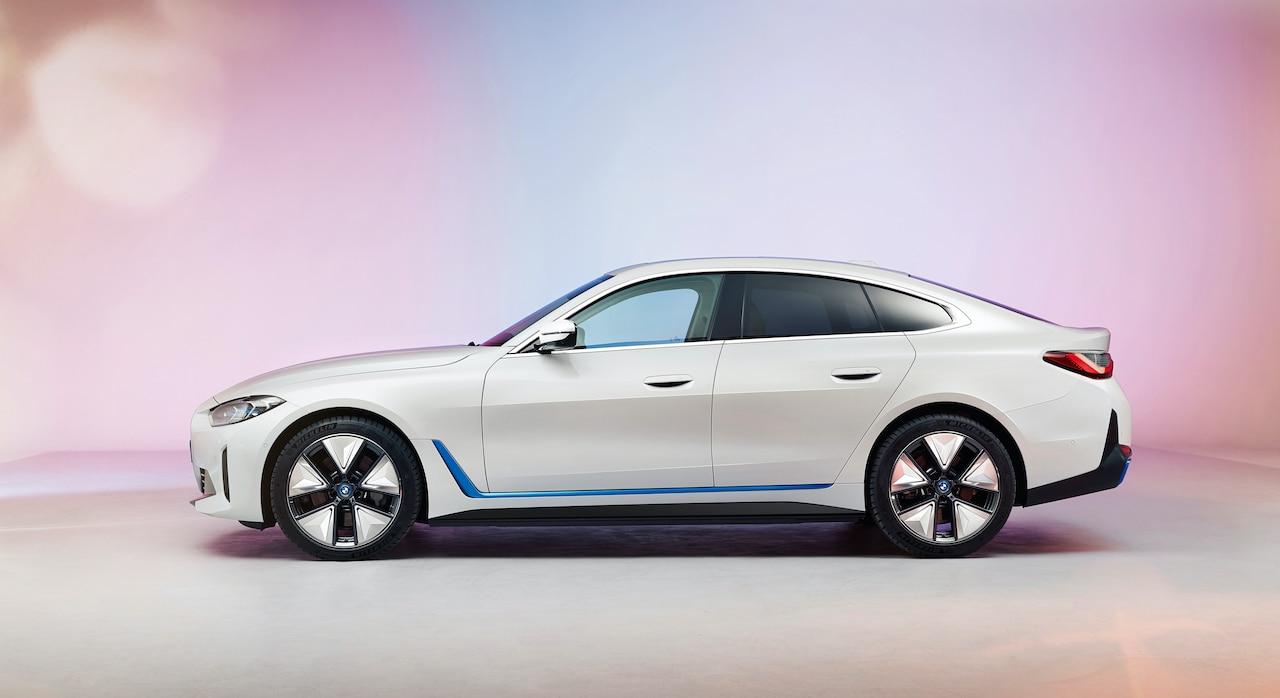 BMW-i4-Elektroauto-Seite