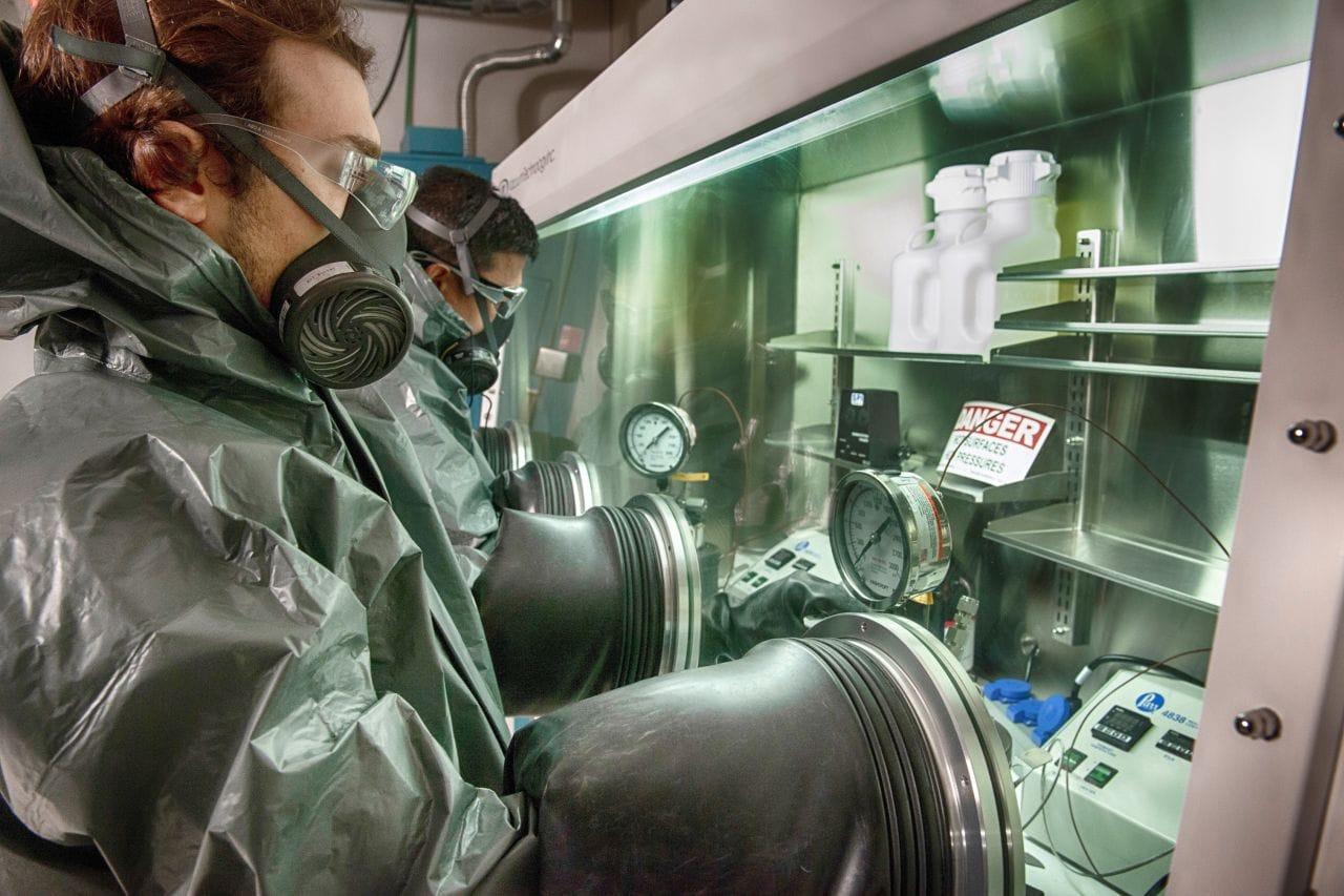 Freudenberg erweitert Materialprüfung für Lithium-Ionen-Batterien